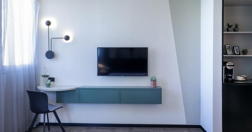 Room's TV - Muse Hotel Tel Aviv